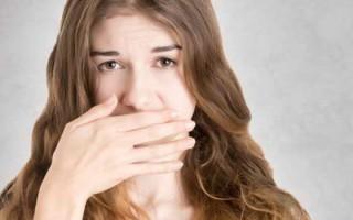 Причины запаха аммиака изо рта и способы борьбы с ним