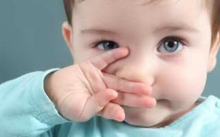 У ребенка изо рта пахнет гнилью. Причины такого симптома могут быть разными