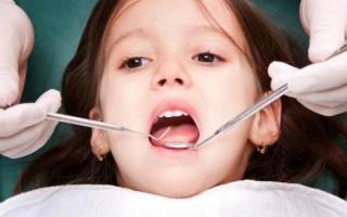 У ребенка часто стоматит: причины, симптоматика, способы лечения