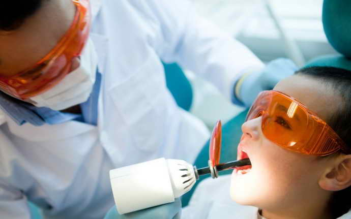Лечение кариеса лазером