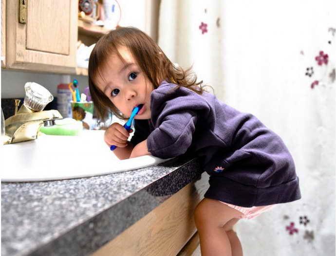 Ранняя чистка зубов при гингвите у детей