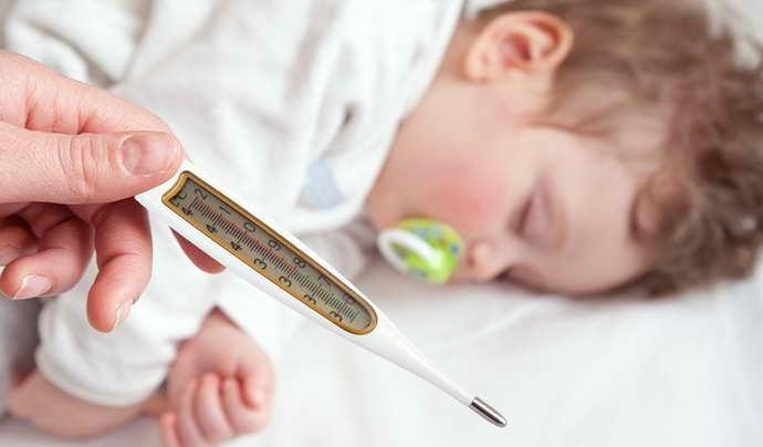 Возможные осложнения после подрезания уздечки под языком у ребенка