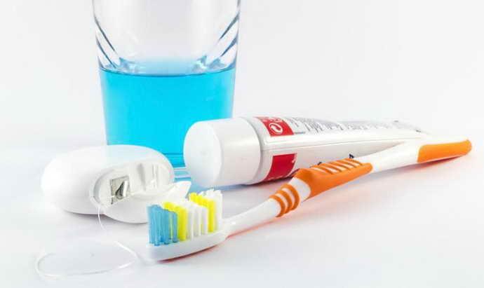 как избежать запаха изо рта