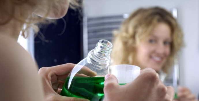 Ополаскиватель для полости рта – отзывы, рейтинг для зубов и десен