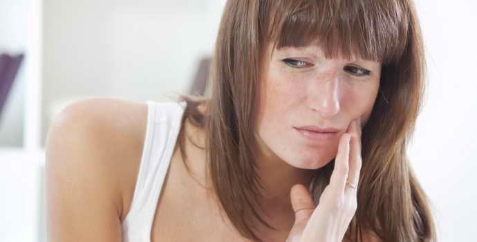Как быстро вылечить флюс на щеке