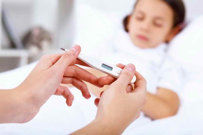 Герпетический стоматит у детейпосле попадания в кровеносную систему не проявляется сразу