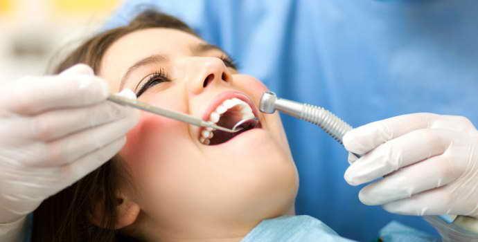 Кариес зубов: что это такое, лечение и причины заболевания, методы профилактики и фото каждой стадии