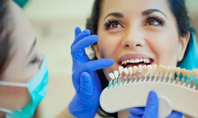 плюсы микропротезирования зубов