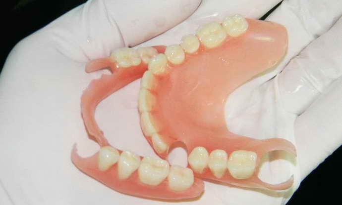 Способы съемного протезирования передних зубов