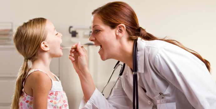 Признаки стоматита у детей