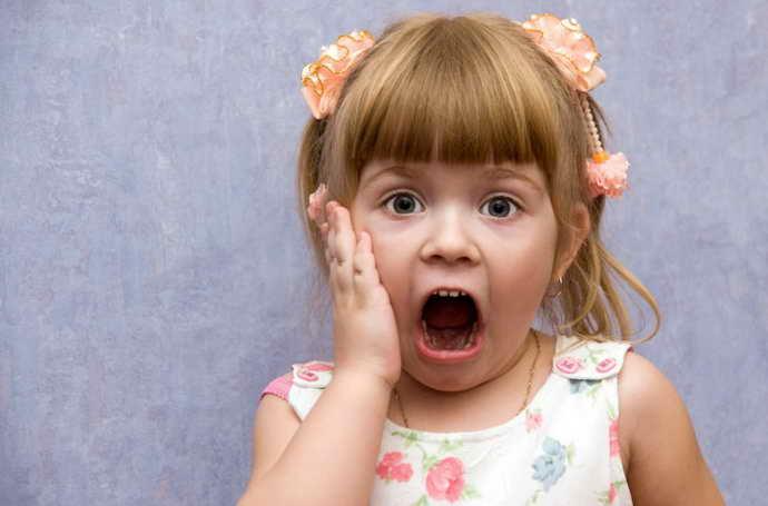 Постоянные стрессовые ситуации как причина стоматита у детей 3 лет