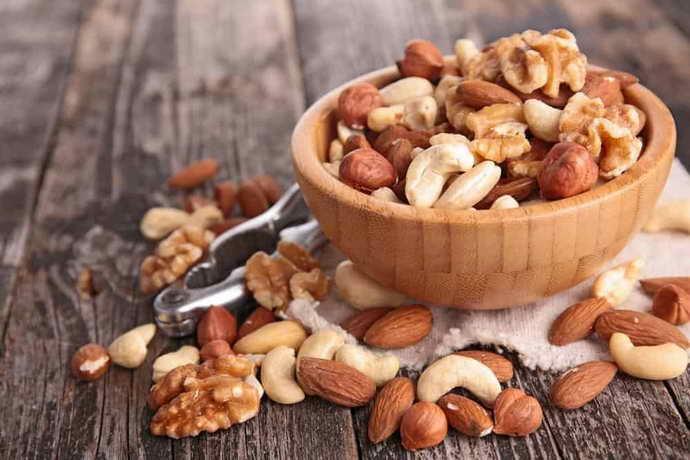 Частое употребление орехов, семечек и восстановление зубной эмали