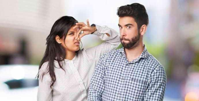 Неприятный запах изо рта: причины и лечение сильного запаха, почему плохо пахнет изо рта